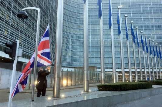 Actualite Actualite Le question irlandaise complique l'accord sur le Brexit entre Londres et Bruxelles