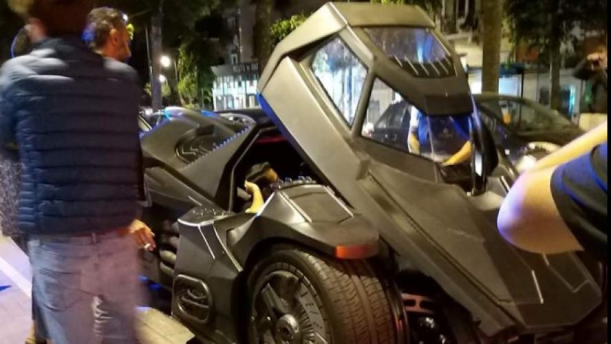 Actualite Actualite Une Lamborghini transformée en Batmobile fait sensation dans les rues de Bruxelles