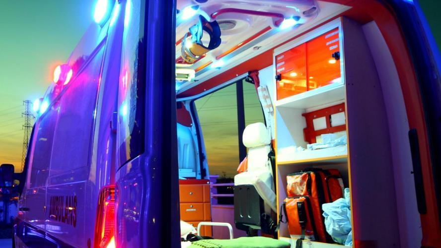 Actualite Actualite Ce vendredi, vers 3 heures du matin, un automobiliste est sorti de la route à Momignies, sur la Nationale 591 menant à Macon. L'homme s'est éclipsé avant que les policiers arrivent